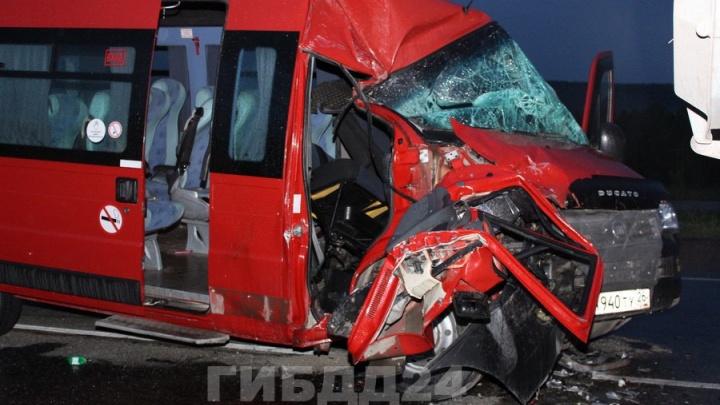 Страшная авария с автобусом и 12 пострадавшими: что произошло