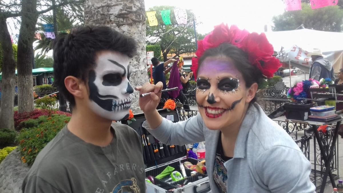 Даже День мёртвых в Мексике отмечают с улыбкой