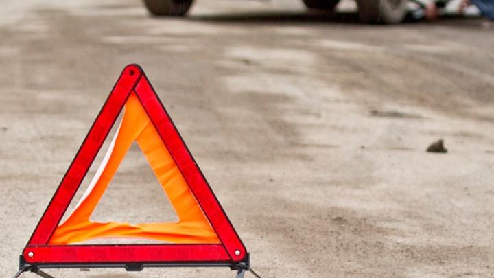 Пьяный водитель Chevrolet Niva сбил пешехода на тротуаре