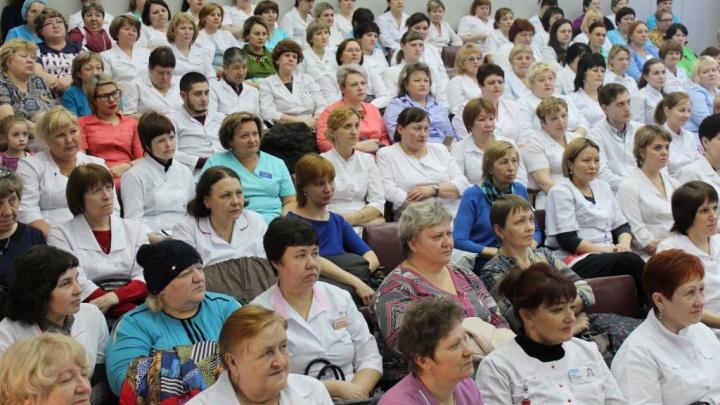Медсестер больницы №20 обучили правильной психологической поддержке пациентов
