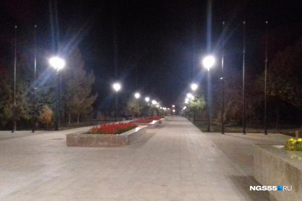 Одним вечером свет всё-таки озарил душу бульвара Победы — это было 10 октября