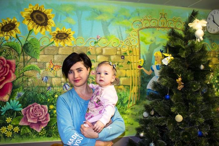 Новый год маленькая пациентка нейрохирургов будет отмечать уже дома