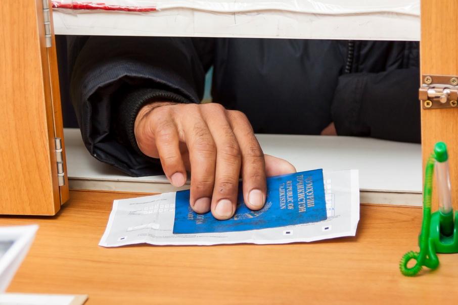 В 2018 году Россия предоставит мигрантам 140 423 рабочих места