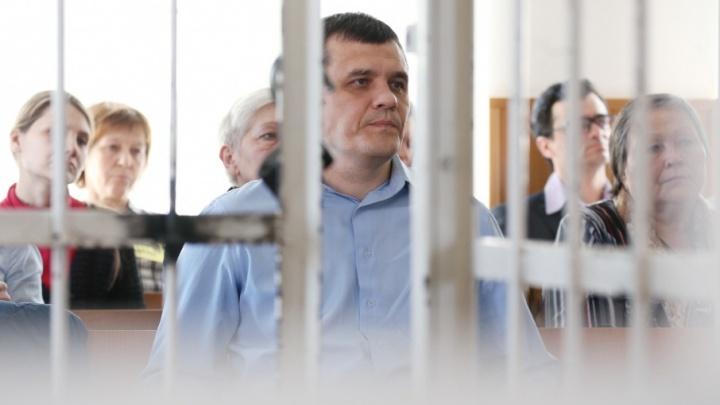 Процесс по делу о поджоге площадки Томинского ГОКа остался без судьи