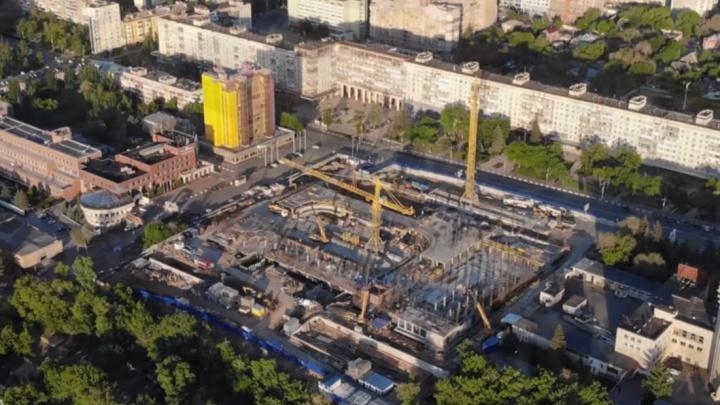 «А вот и арена!»: самарец снял на видео с высоты строительство Ледового дворца на Молодогвардейской