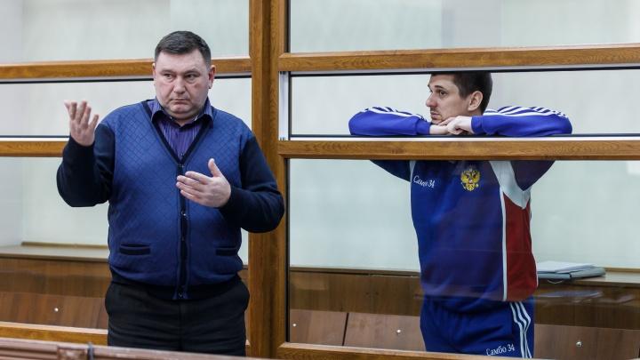 «Еще пару месяцев»: осужденный за убийство волгоградского бизнесмена пытается вернуться на свободу