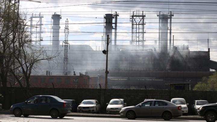 Росприроднадзор нашёл незаконные источники выбросов на ЧЭМК и цинковом заводе