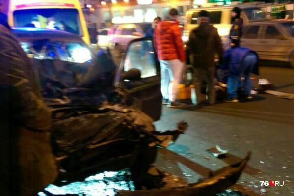 Сбитых пешеходов увезли с места ДТП в больницу