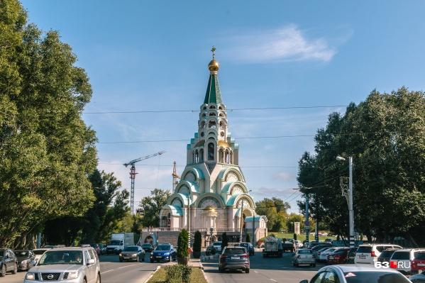 Патриарх проведет службу в Софийском соборе