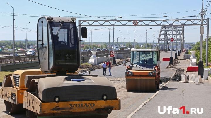 Близится час освобождения: на Бельском мосту уже укладывают асфальт