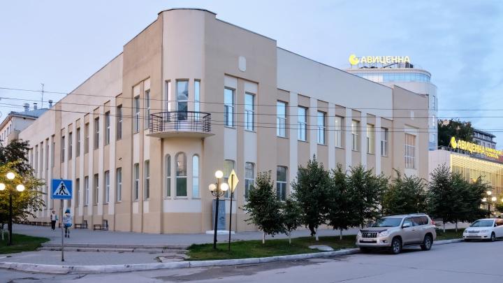 Легким шагом без варикоза: школа здоровья проведет бесплатный урок для новосибирцев в «Авиценне»