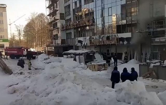Видео: в Уфе горела новостройка