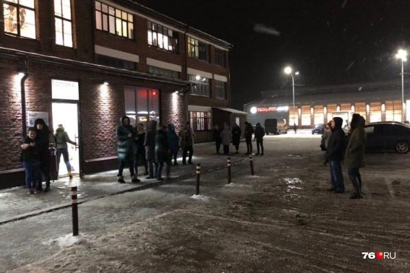 В Ростове Великом Ярославской области эвакуировали людей из торгового центра «Рольма»
