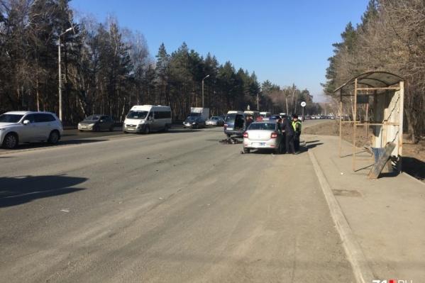 Смертельная авария произошла рано утром 9 апреля рядом с остановкой «Плотина»