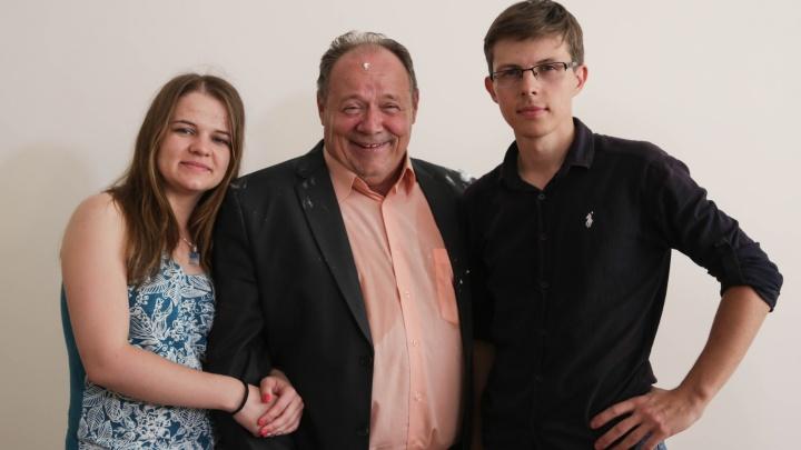 Известный актёр снялся в фильме о новосибирских школьниках-мажорах