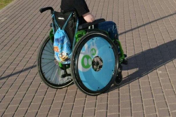 Для Сени эта коляска была возможностью ездить на уроки и дополнительные занятия