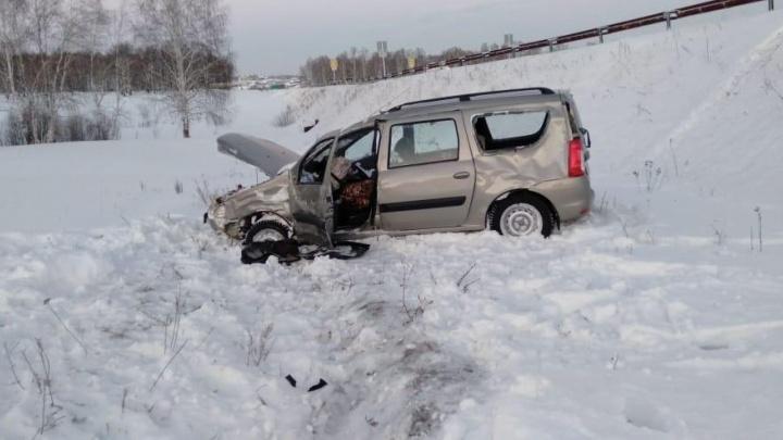 В Башкирии в кювет улетела «Лада-Ларгус»: водитель в больнице