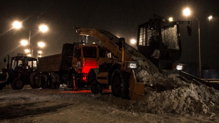 «Не бросайте машины на обочинах!»: ночью в Самаре улицы расчистят от снега
