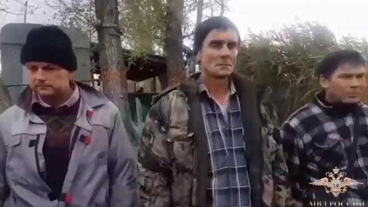 В Волгоградской области 11 браконьеров под прикрытием НИИ ловили краснокнижную рыбу: видео