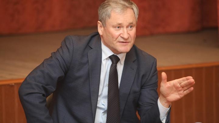 «Самое главное — снижен трудовой стаж»: губернатор Зауралья поддержал предложения президента
