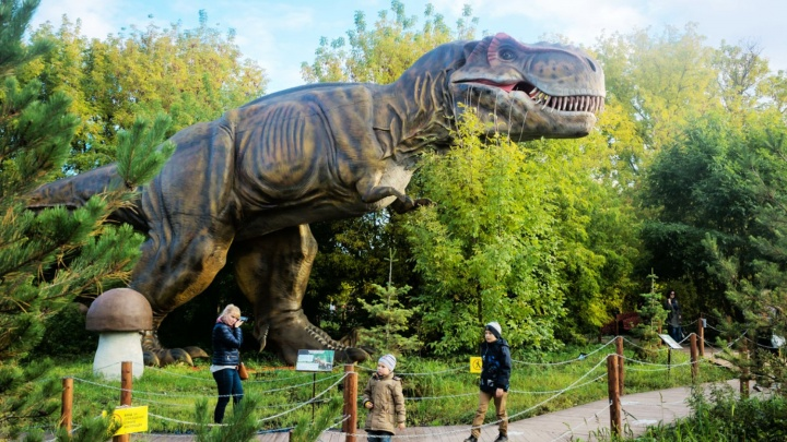 В парке 30-летия ВЛКСМ установят 10 моделей динозавров