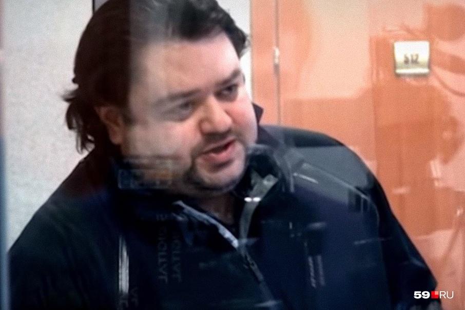 Анатолий Зак провел в колонии меньше девяти лет, суд зачел в срок время, которое владелец«Хромой лошади» пробыл в СИЗО