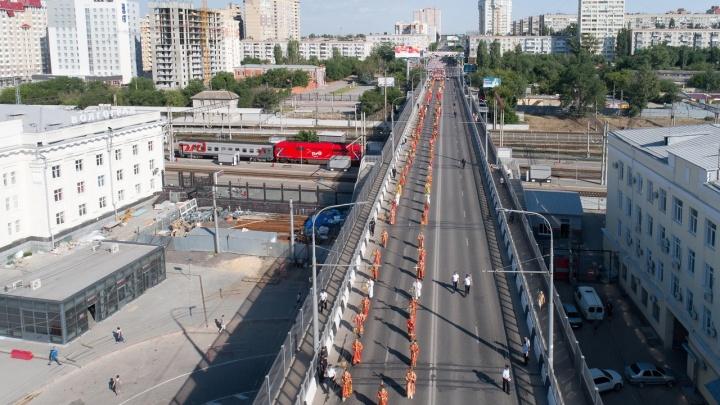 «Такого ещё не было»: в Волгограде крестный ход сняли на видео с высоты