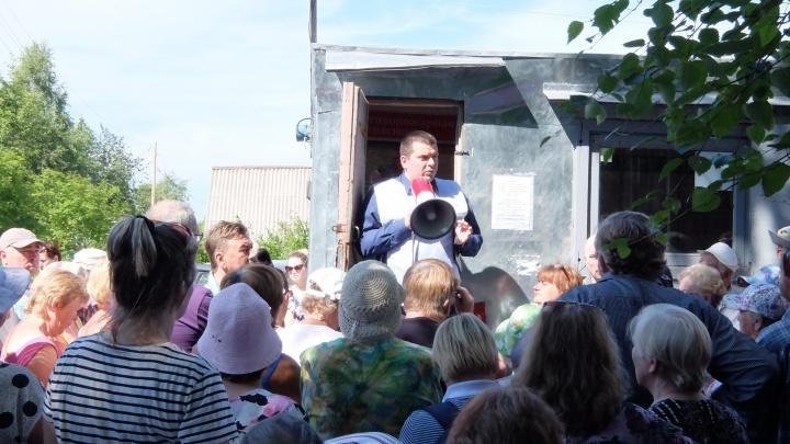 «Бесполезный инструмент»: садоводы Северодвинска протестуют против «мусорного» митинга