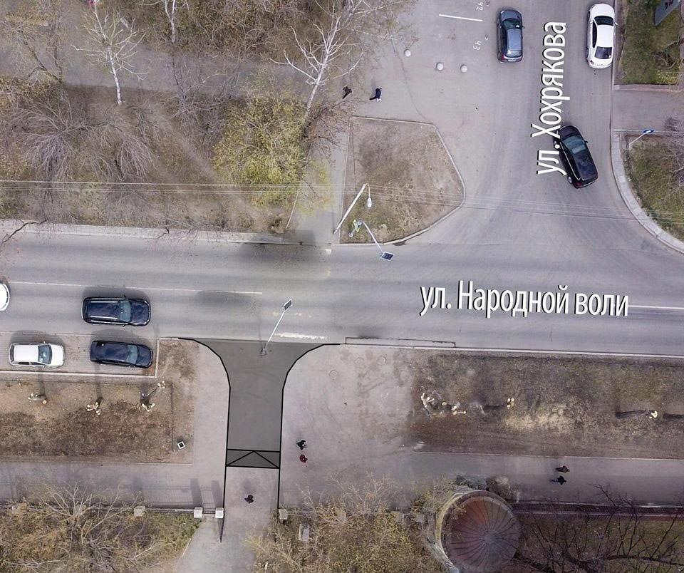 Один из въездов для техники предполагается разместить прямо на месте существующего пешеходного перехода