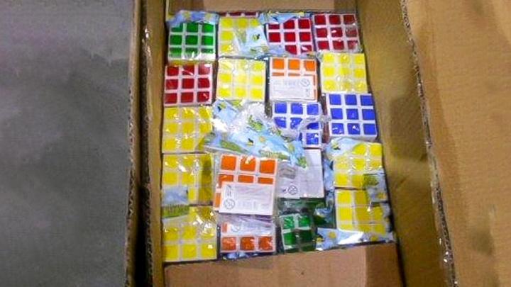 Ростовские таможенники изъяли 1000 контрафактных кубиков Рубика