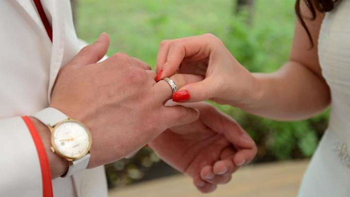 Магия чисел или просто красивая дата? В Перми 18 августа ожидается свадебный бум