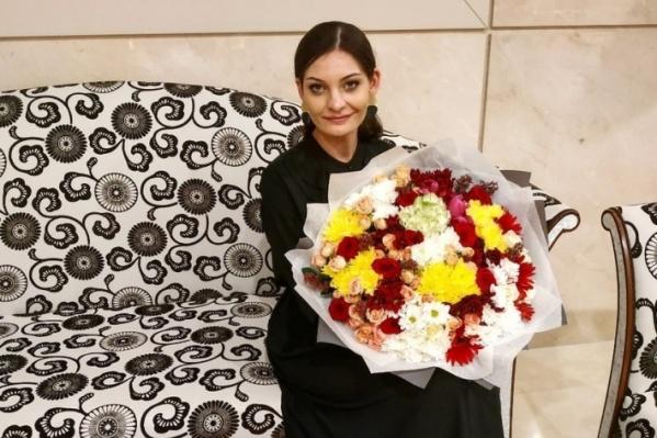 29-летняя девушка преподаёт в 55-й школе Волгограда