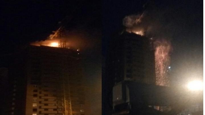 «Дольщики, держитесь»: ночью на Прибойной загорелась строящаяся многоэтажка