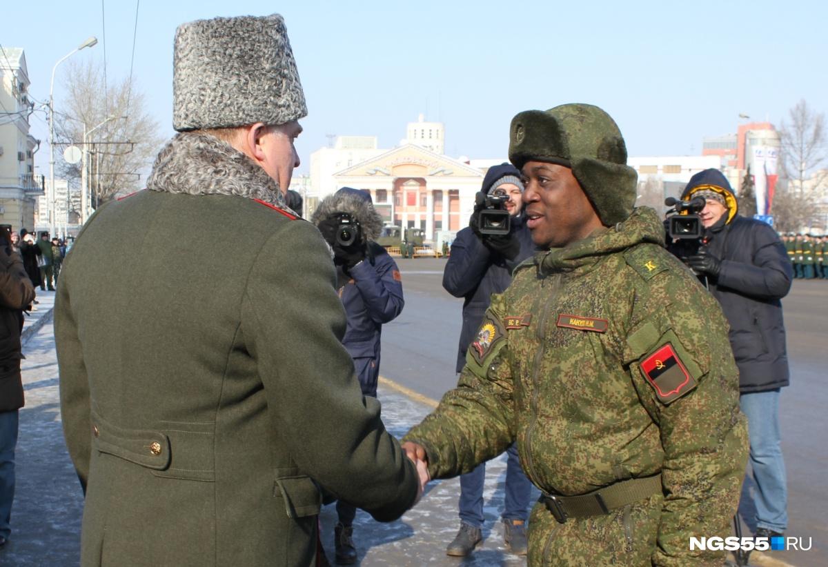 Знакомства в омске с военными девушку хочу найти