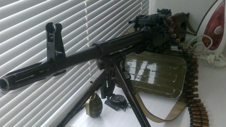 Омич выставил на сайте бесплатных объявлений пулемёт за миллион рублей