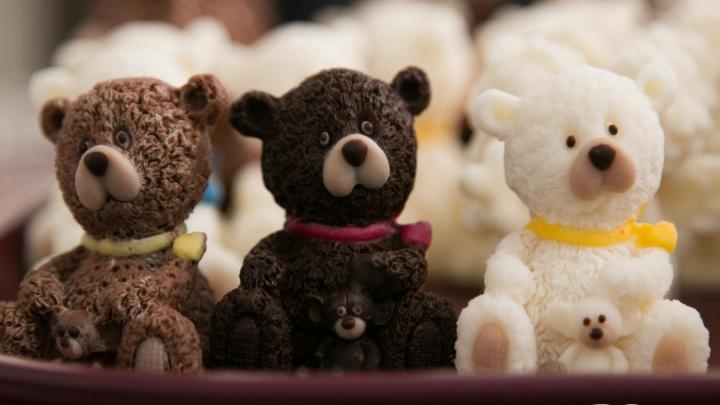 «Шоколад неплох... с солью»: что из «черного золота» делают в лаборатории архангельские кондитеры