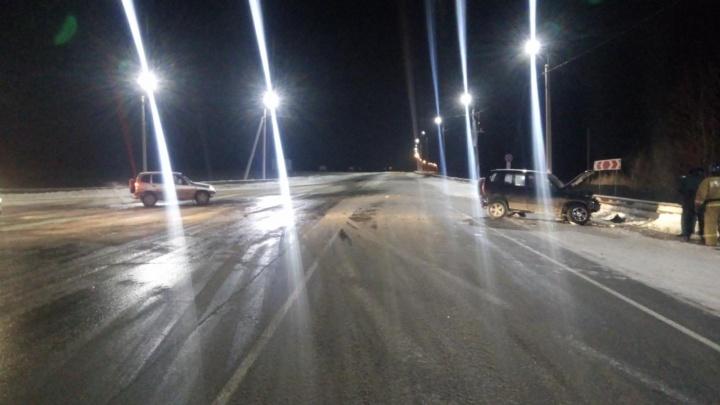 На тюменской трассе в ДТП попала семья. Четыре человека в больнице