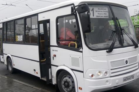«Вернутся студенты и будет тесно»: красноярцы жалуются на новые автобусы на маршруте № 3