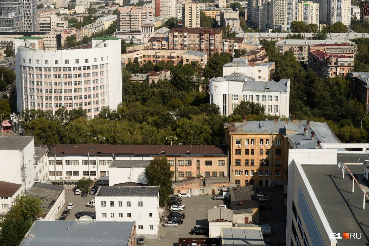 Городок чекистов и гостиница «Исеть», про  их истории мы тоже писали