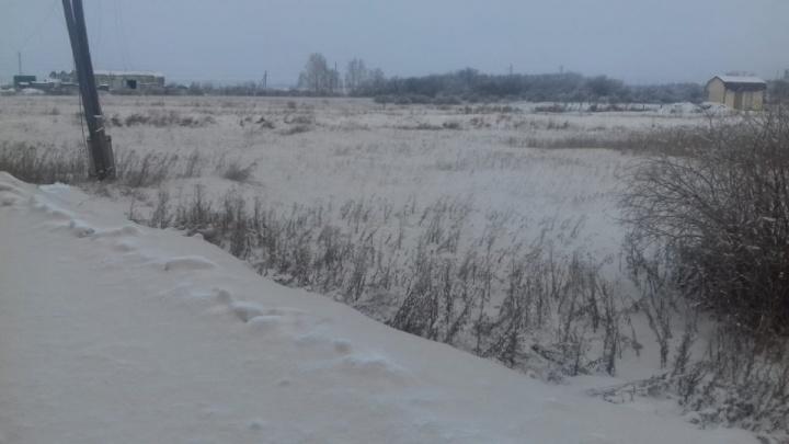 Компания «Бентонит Кургана» прокомментировала появление налёта на снегу в посёлке Введенское