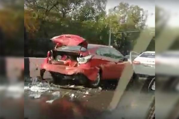Этот автомобиль пострадал больше всех