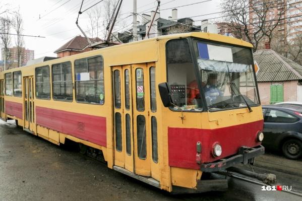 Ремонт трамвайных путей приостановили четыре месяца назад