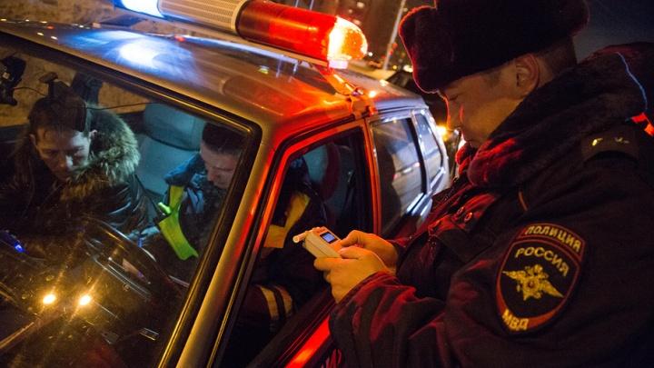 В Башкирии инспекторов ГИБДД будут штрафовать за чужую тонировку