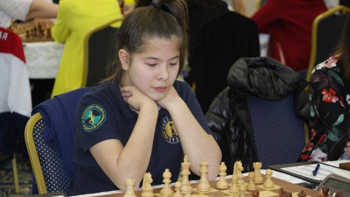 Выиграла 7 партий подряд: юная шахматистка из Екатеринбурга стала чемпионкой мира
