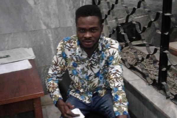 Парень из Нигерии пришёл в полицию с чемоданом, так как должен был лететь домой