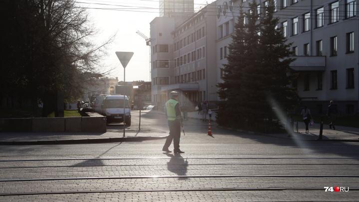 Пройдут только танки: в центре Челябинска закрыли движение для репетиции парада Победы