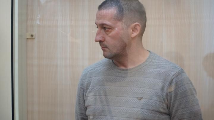 Инспектора Госпожнадзора, который проверял отель «Карамель», освободили в зале суда