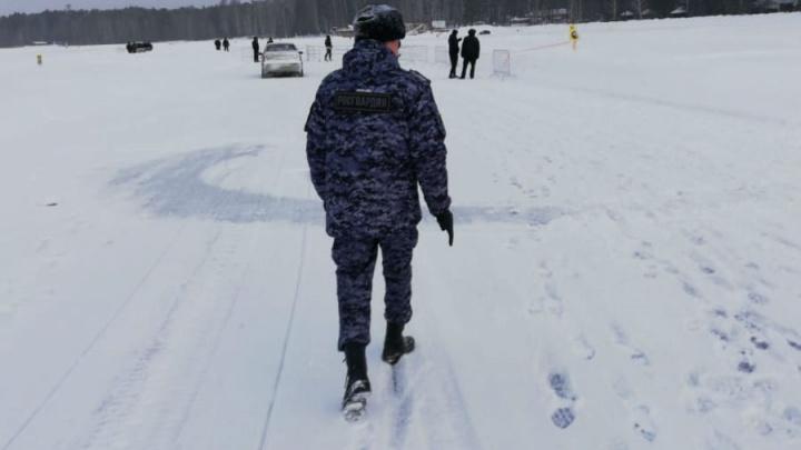 На Балтыме, чтобы помешать дрифтерам тренироваться, устроили чемпионат по рыбалке