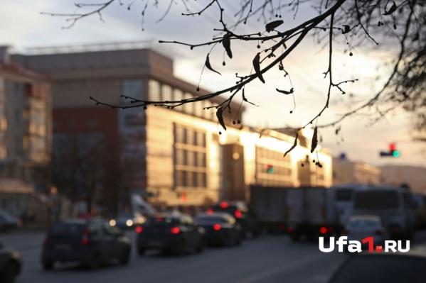 Жители Уфы также жаловались на большое количество пыли над городом