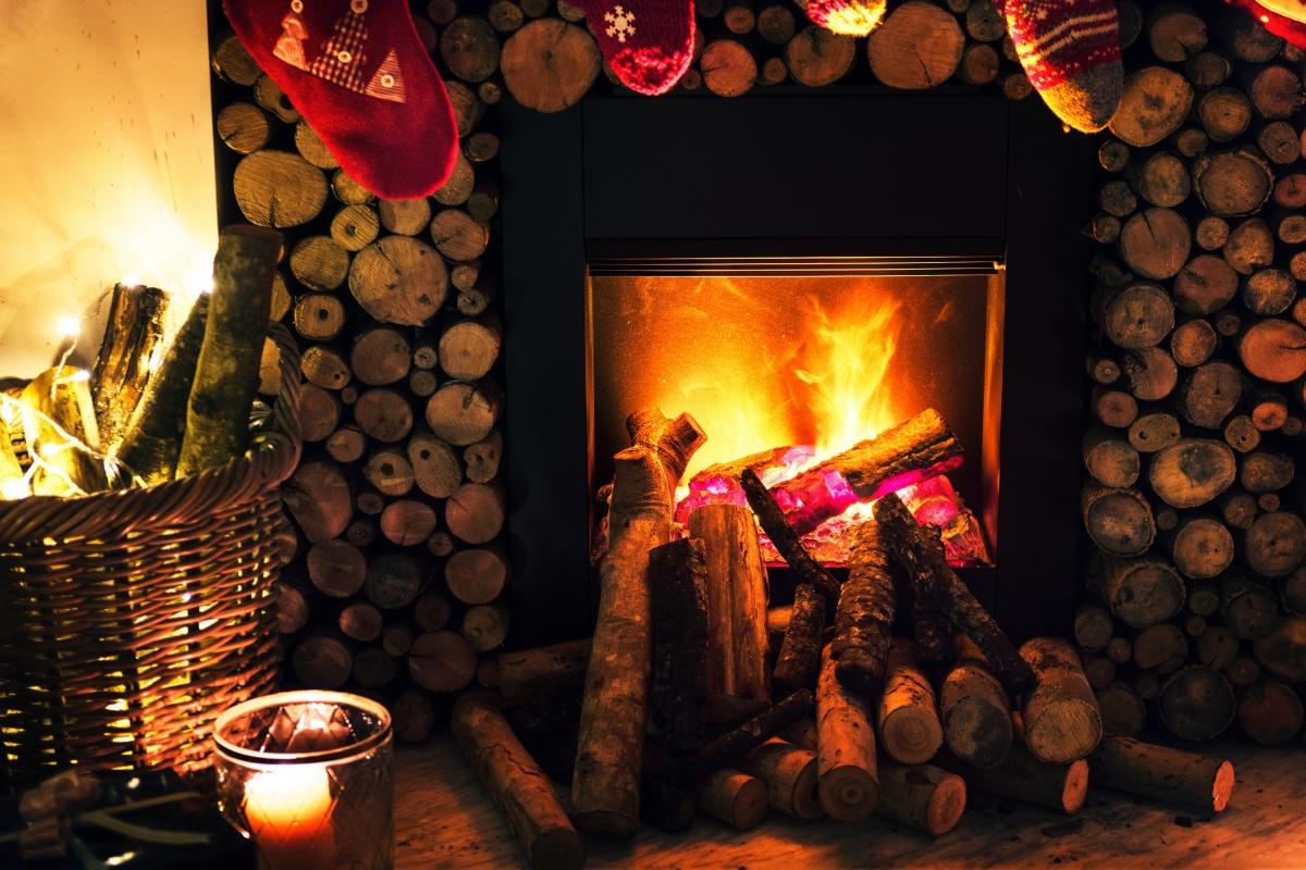 Дома с каминами — новогоднее настроение круглый год (фото)
